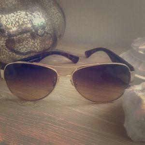 NWOT Coach Aviator Sunglasses